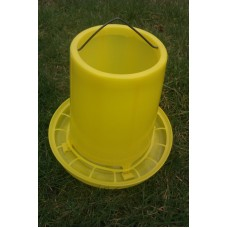4 kg Feeder for Poultry, Chicken, Chicks, Duck, Ducklings, Bantam, Hens or Quail